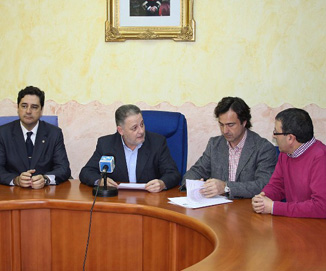 Pinoso se convierte en el primer municipio que se adhiere al proyecto de ahorro energético que impulsa la Diputación de Alicante